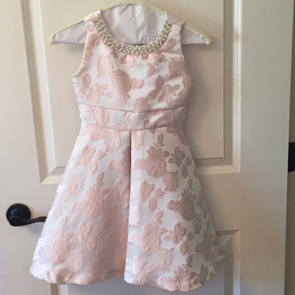 Rare Editions Other - Pink floral dress with pearl detail